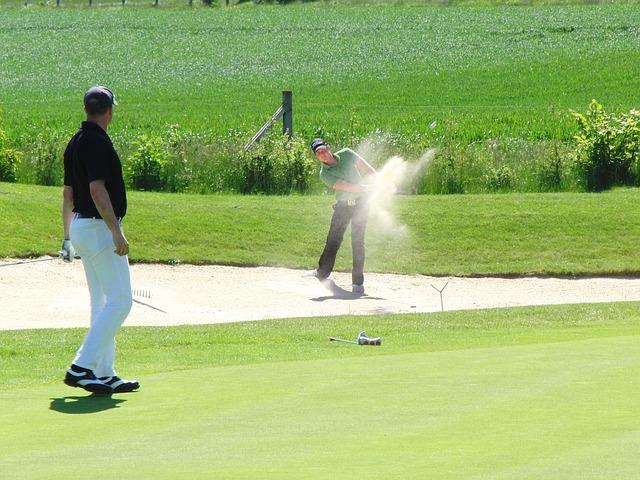 Frauen auf der suche nach männern im golf